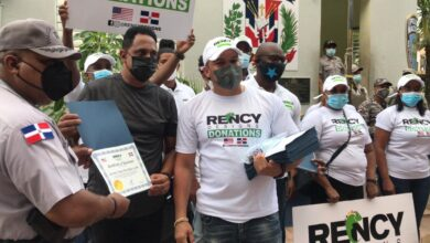 Photo of VÍDEO: Rency Designs Donations USA realiza donaciones a destacamentos policiales de Boca Chica